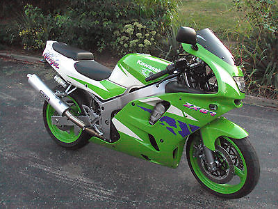 Kawasaki Ninja 1996 Zx 6 R Low Miles In Excellent Condition Never Laid