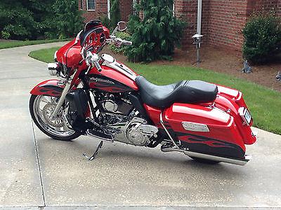 Harley-Davidson : Touring 2010 harley davidson cvo ultra classic