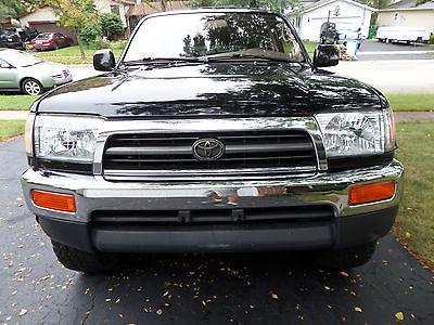 Toyota : 4Runner Limited 4x4 1998 toyota 4 runner limited 4 x 4 runs well best offer