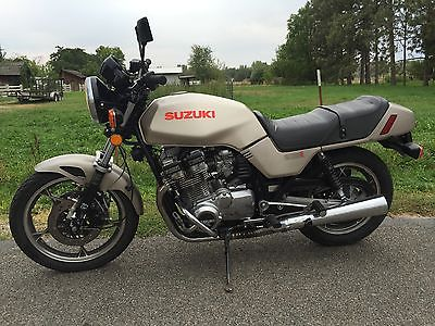 Suzuki : GS Suzuki GS1100Ez Very good condtion , runs excellent  and in very good condition!