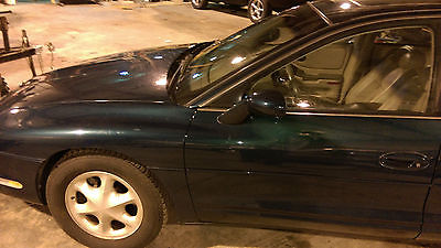 Oldsmobile : Aurora Base Sedan 4-Door STUNNING CONDITION OLDS AURORA ONLY 77000 MILES YOU WONT FIND A NICER CAR ON EBA