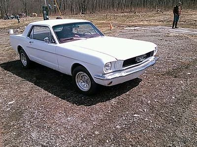 Ford : Mustang Numbers Matching 1966 Ford Mustang