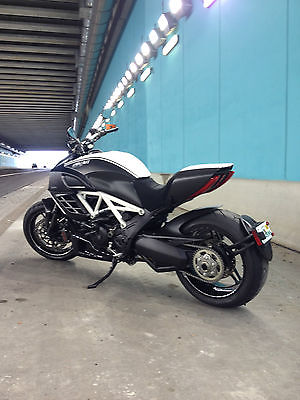 Ducati : Other 2013 ducati diavel carbon amg special edition abs