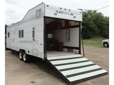 1999 Fleetwood Prowler TOY HAULER Electric Tongue Jack OUTSIDE SHOWER Loaded Up