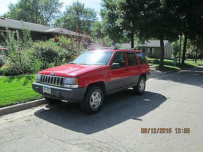 Jeep : Grand Cherokee Base 1994 jeep grand cherokee laredo sport utility red