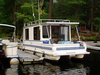 Houseboat - 1999 Catamaran Cruiser Houseboat - Can be towed, trailer included