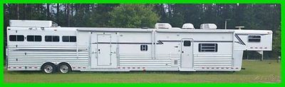 2005 4Star 4 Horse 53' Trailer with 5' Mid-tack & 22' Living Quarters Slide Out