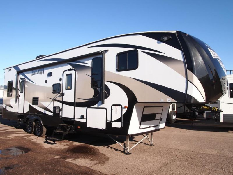 2015 Revelation 3650TH 5th Wheel Toy Hauler