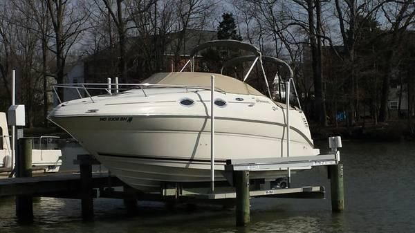2002 Sea Ray 240 Sundancer 24 ft