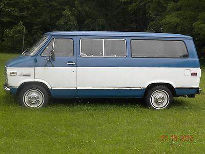 Chevrolet : G20 Van Beauville 1974 chevy window van 8 passenger extended bed