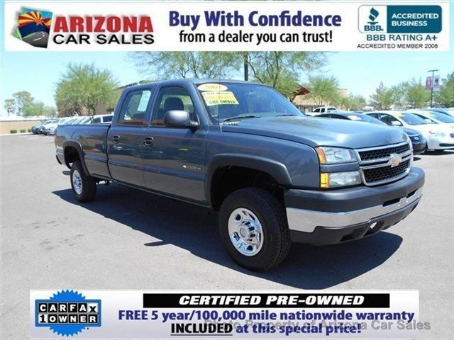 2007 Chevrolet Silverado 2500HD 1 owner, Crew Cab with only 22,000 act