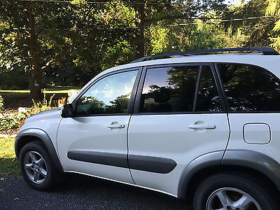 Toyota : RAV4 Base Sport Utility 4-Door 2001 toyota rav 4 all wheel drive leather seats sun roof hitch etc