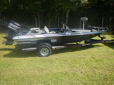 1999 TRITON TR18 Bass boat 150 Johnson motor Good trailer GPS and Down Imaging