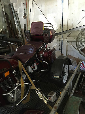 Honda : Gold Wing Classic 1983 with low miles and an added trike package