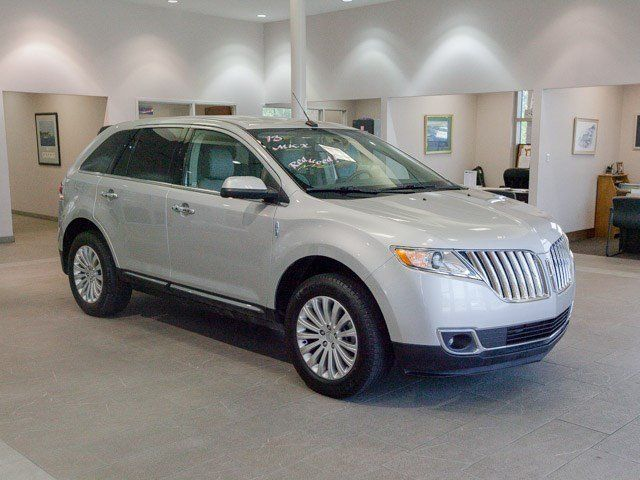Lincoln : MKX FWD FWD 3.7L CD Keyless Entry Power Door Locks Keyless Start Front Wheel Drive ABS