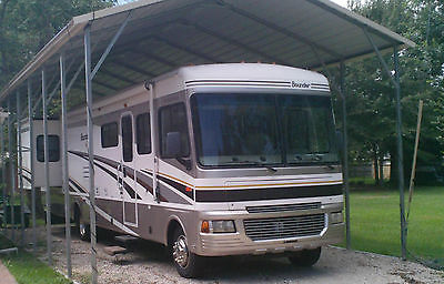 05 Fleetwood Bounder 36Z Workhorse Chassis Class A RV / Motorhome - 2 slideouts