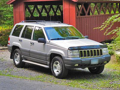 Jeep : Grand Cherokee Laredo Sport Utility 4-Door 1996 jeep grand cherokee zj laredo leather 5.2 liter v 8 low miles clean