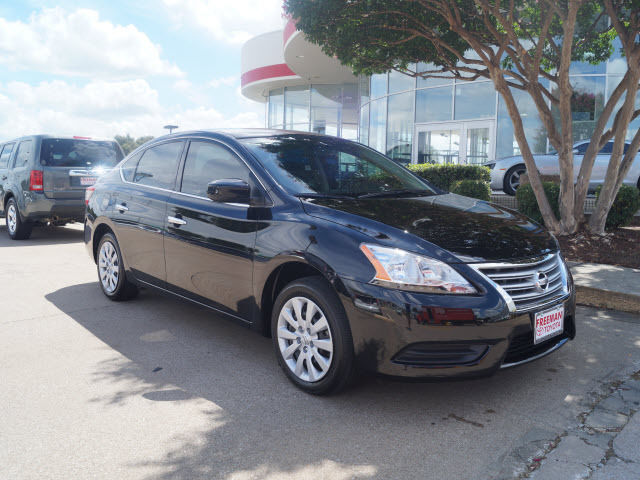 Nissan : Sentra S S 1.8L Crumple Zones Front And Rear Stability Control Electronic LATCH System 2