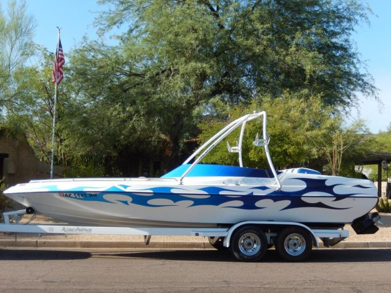 2005 Kachina Bandit 496 open bow wake tower