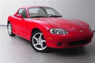 Mazda : MX-5 Miata 2dr Convertible Automatic 2 dr convertible automatic low miles automatic gasoline 1.8 l 4 cyl classic red