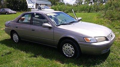 Toyota : Camry CE Sedan 4-Door 1999 toyota camry ce sedan 4 door 2.2 l