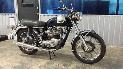Triumph : Bonneville Triumph Bonneville T-140