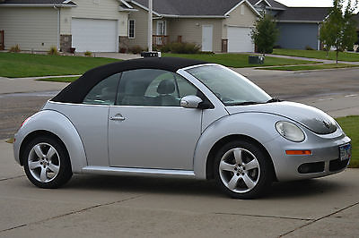 Volkswagen : Beetle-New Convertible 2006 vw beetle convertible new tires great shape