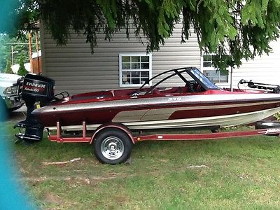 1994 JAVELIN 379 FISH N' SKI BOAT GREAT FOR WHOLE FAMILY!! RUNS AND LOOKS NICE!!