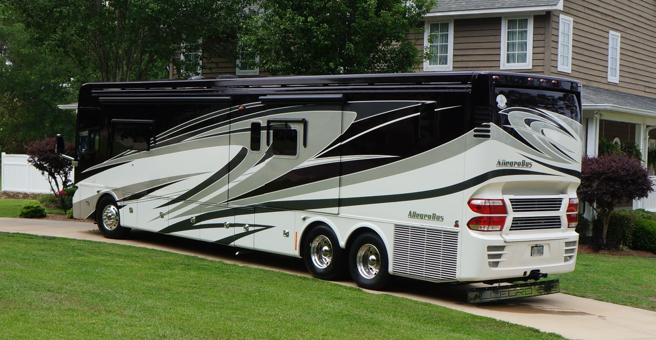 2014 Tiffin Motorhomes Allegro Bus 45 LP