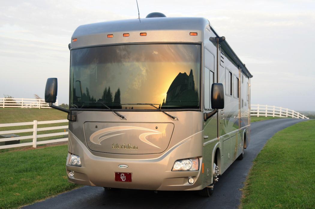 2011 Itasca Meridian 39N