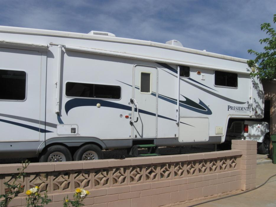 2006 Holiday Rambler Presidential 39RLQ