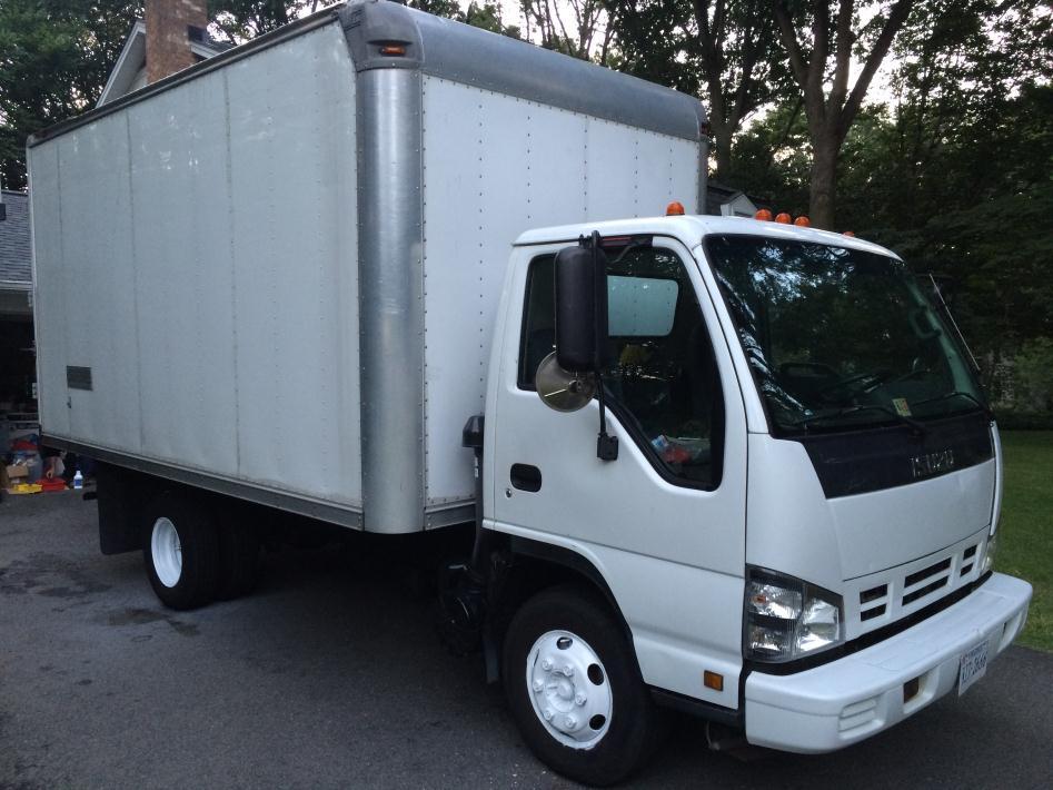 2007 Isuzu Npr  Box Truck - Straight Truck