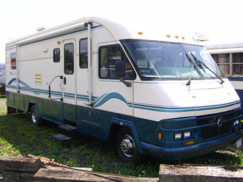 1995 Holiday Rambler Vacationer 33CS