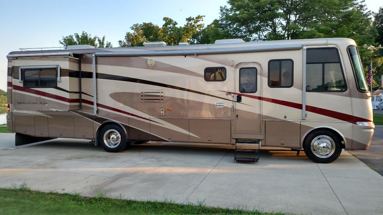 2002 Newmar Mountain Aire 3778