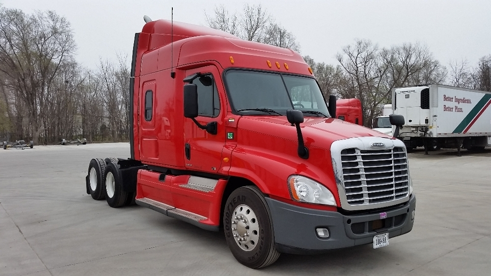 2012 Freightliner Cascadia 125 Conventional - Sleeper Truck