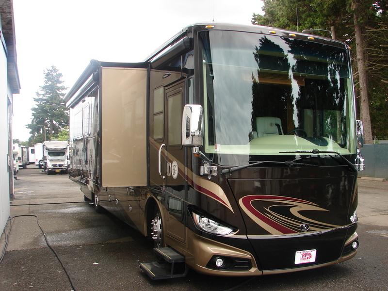 2016 Tiffin Motorhomes Allegro Phaeton 36GH