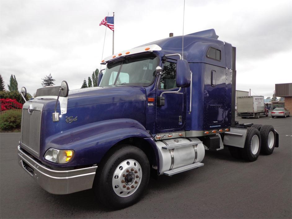 2007 International 9400i Eagle  Conventional - Sleeper Truck