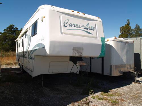 1999 Carriage Carri-Lite 734RL3