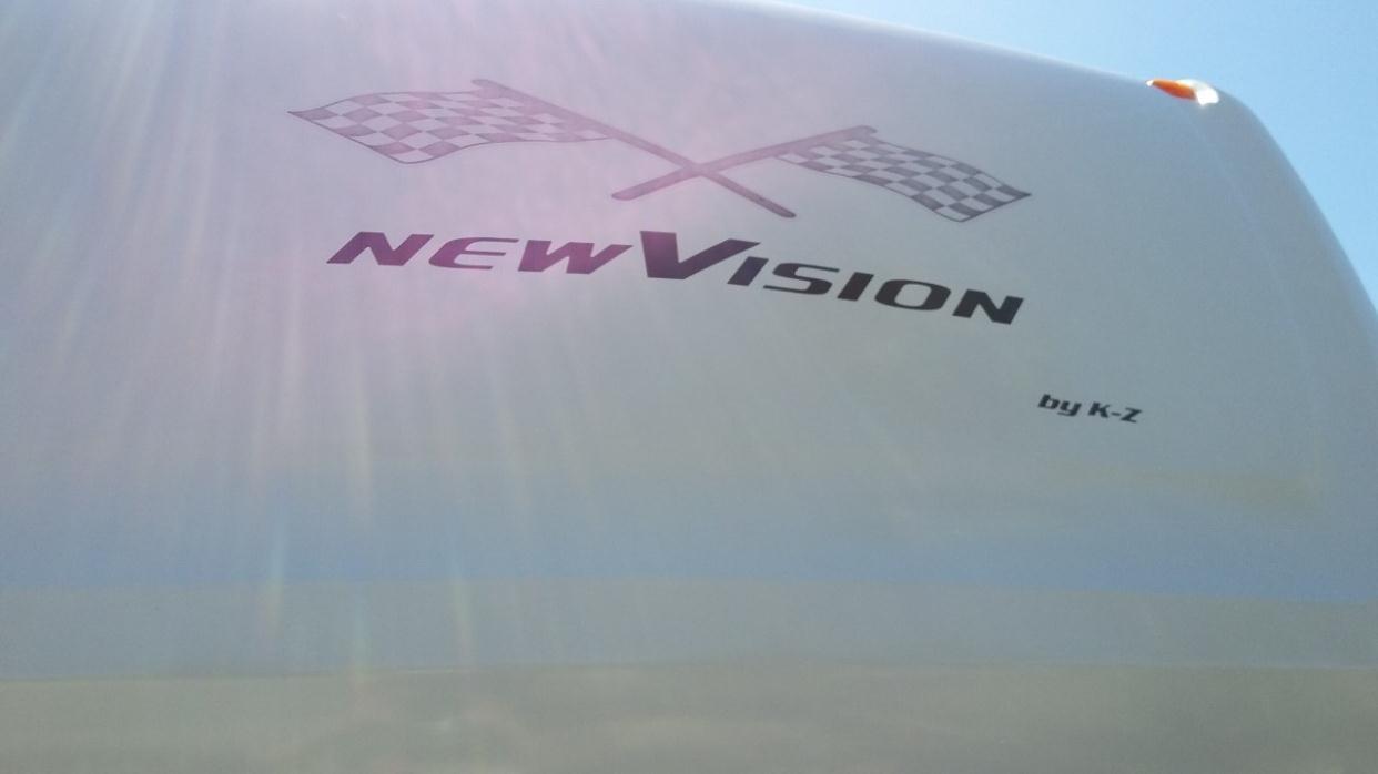 2005 K-Z Manufacturing New Vision 37K