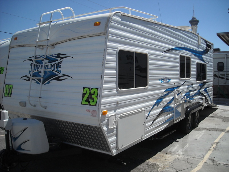 2008 Weekend Warrior FS2300 Superlite