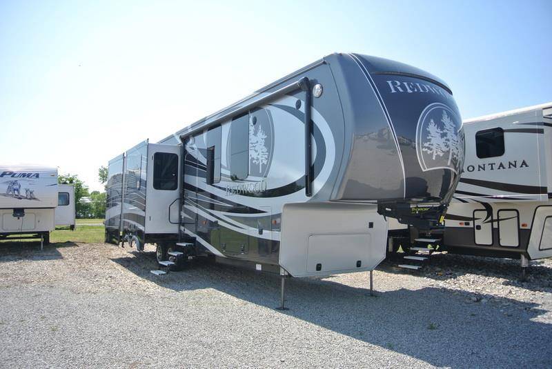 2017 Redwood Residential Vehicles Redwood RW38RD