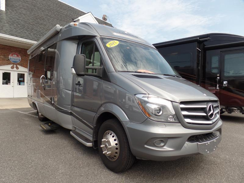 2015 Leisure Travel Serenity S24CB