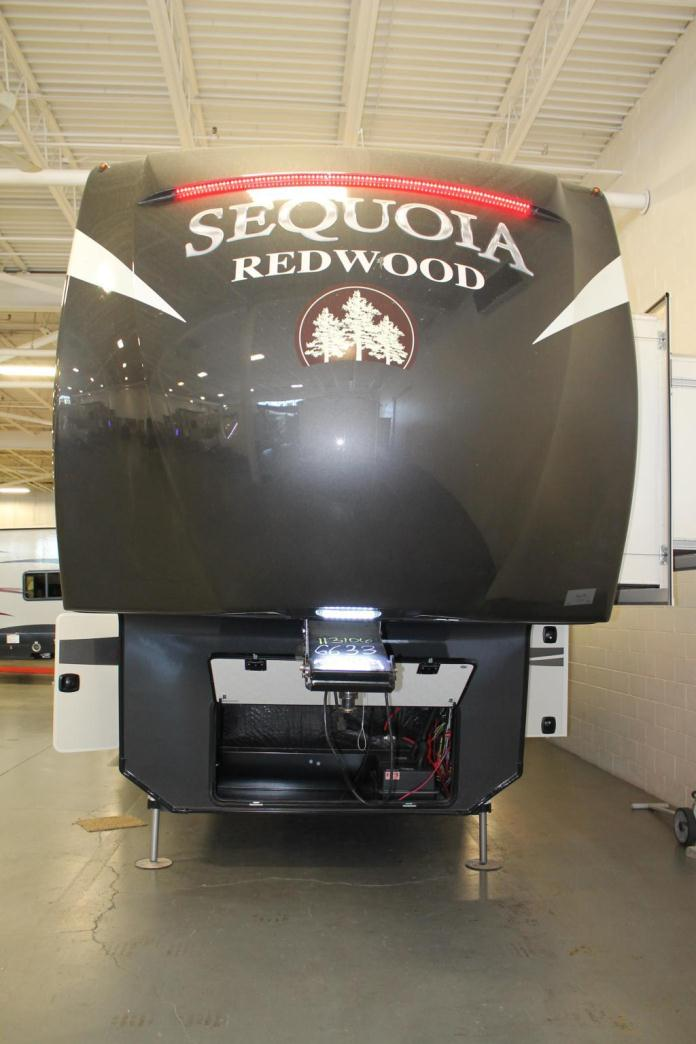 2017 Redwood Rv Sequoia 38GK