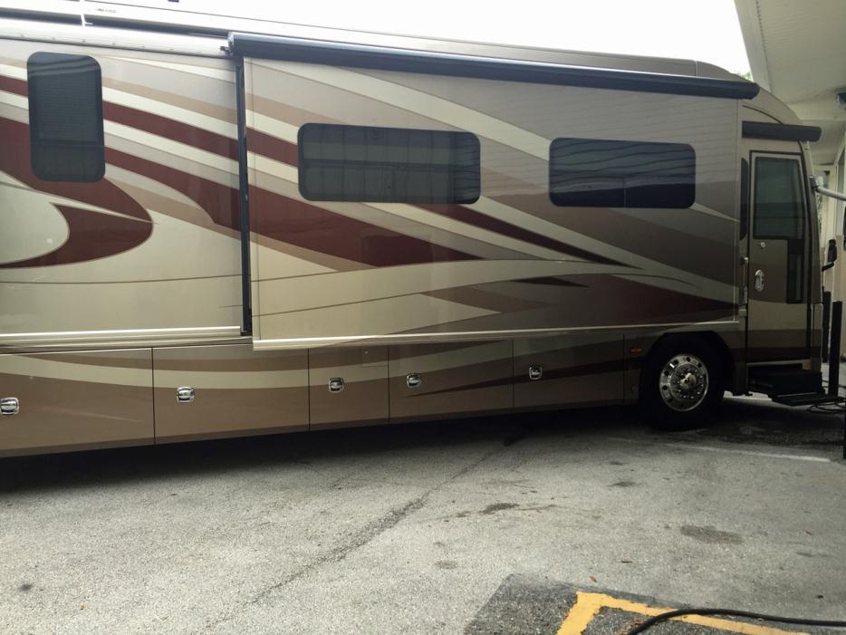 2012 American Coach Eagle 45B