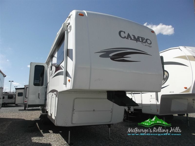 2010 Carriage Cameo 32FWS