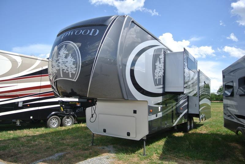 2017 Redwood Residential Vehicles Redwood RW39MB