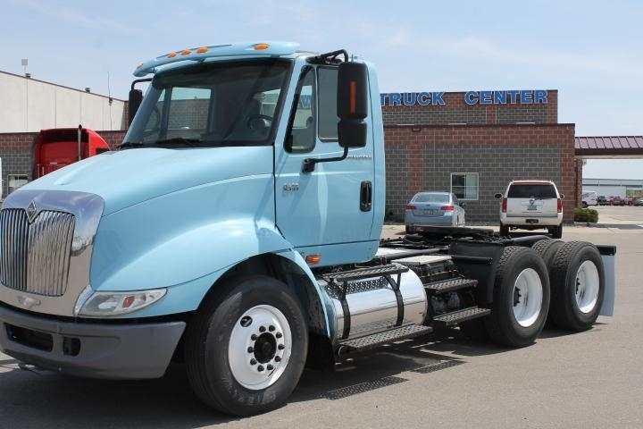 2007 International 8600  Conventional - Day Cab