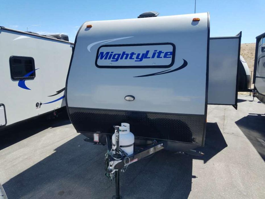 2016 Pacific Coachworks Mighty Lite M18RBS