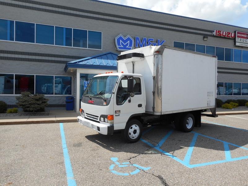 2004 Gmc W3500 Refrigerated Truck