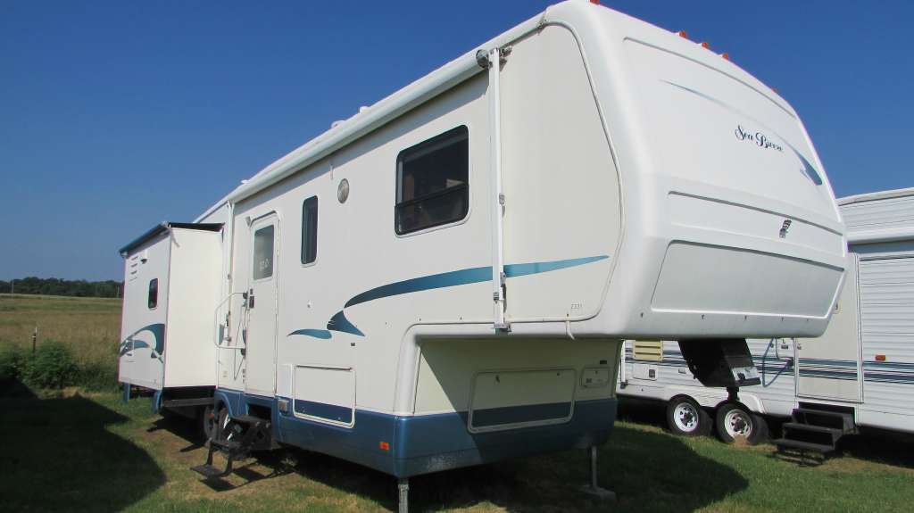 2001 National Sea Breeze 2331